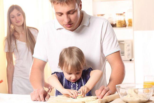 лучшей работы кому в семье меняться первому мужчине нескольких