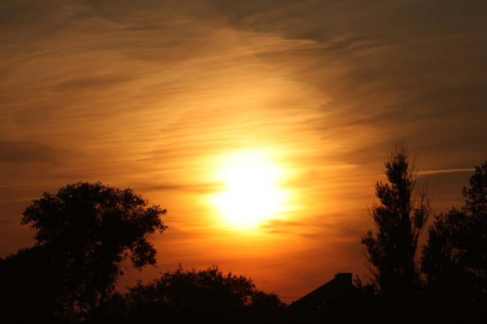 Ты нарисуй мне солнышко и нарисуй закат