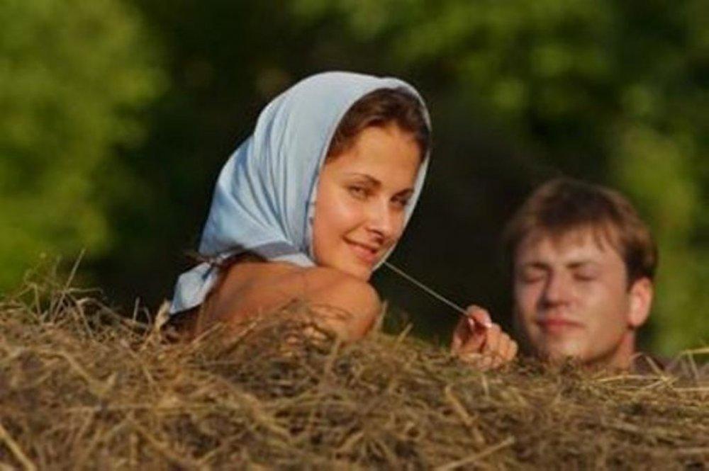 Сакс с дамой на сеновале