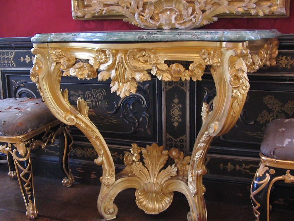 Элитную мебель своими руками