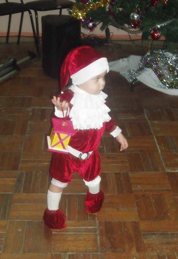 Новогодний костюм гномика для мальчика своими руками