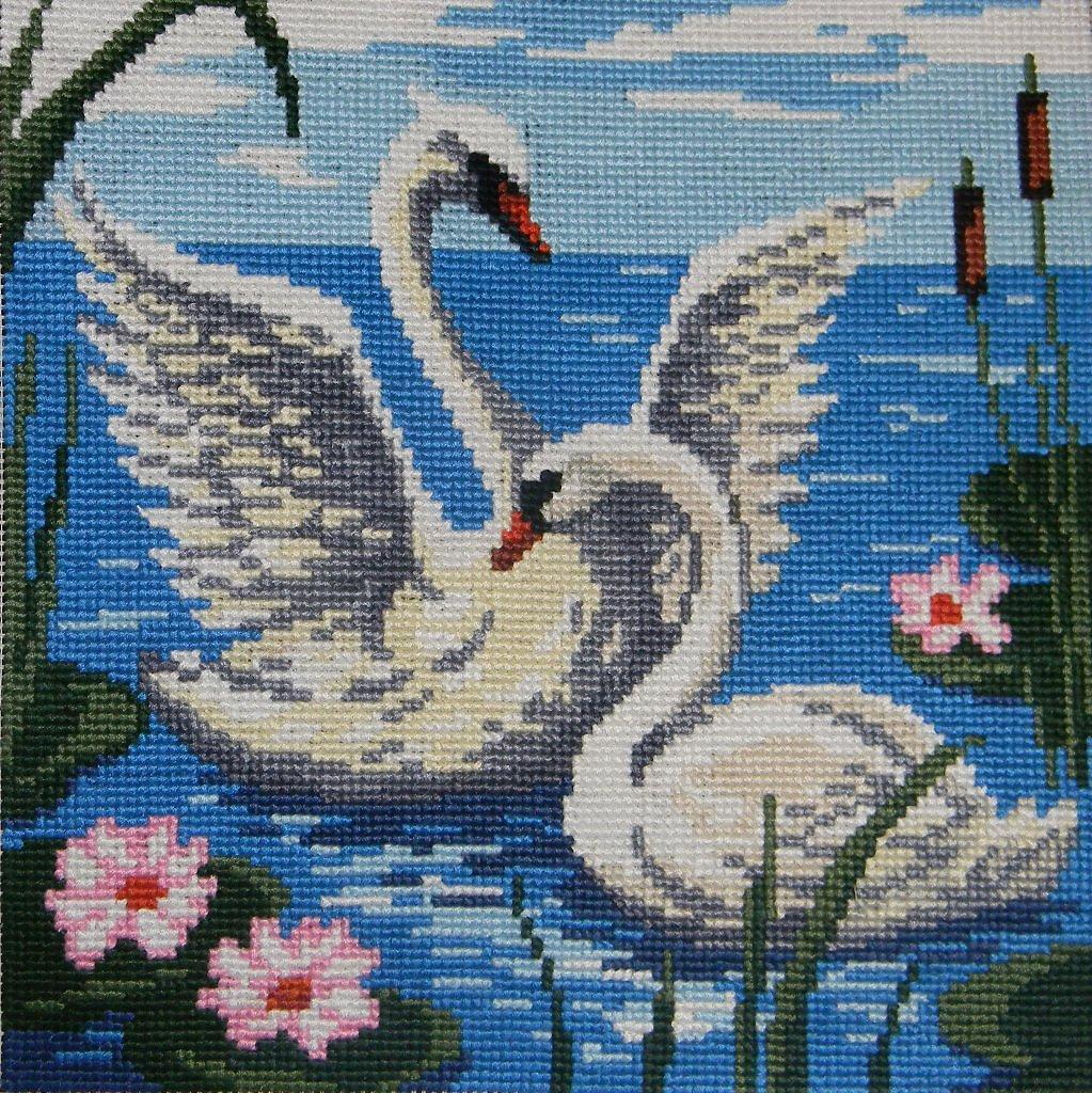схемы лебедей вышивание крестом