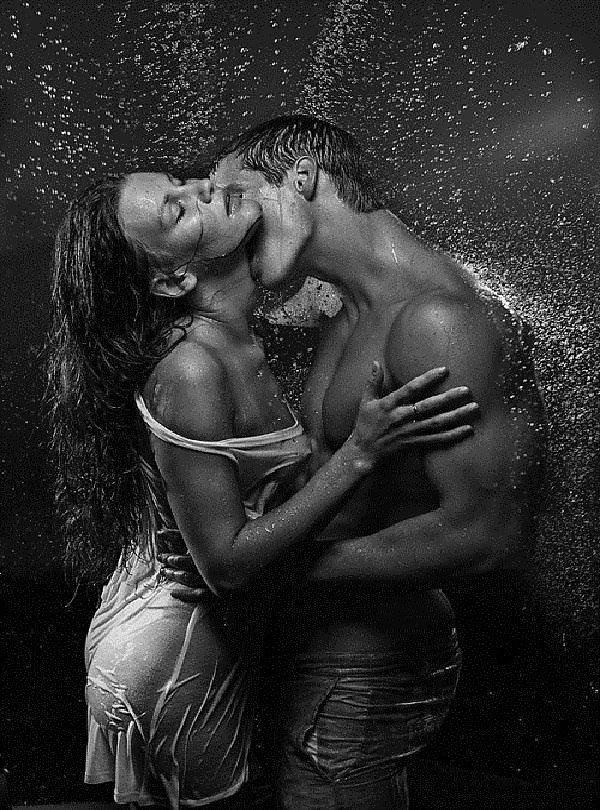 Сексе видео в душе парень с девушкой разделяю