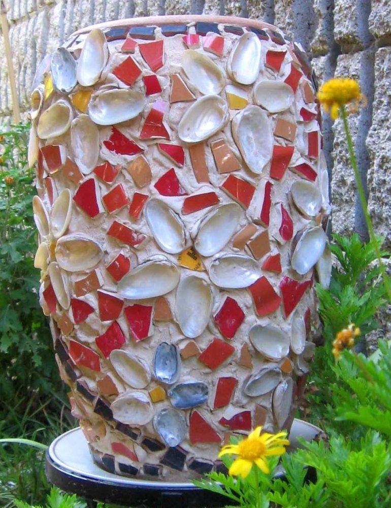 как обклеить старую вазу цветными камнями фото если уже
