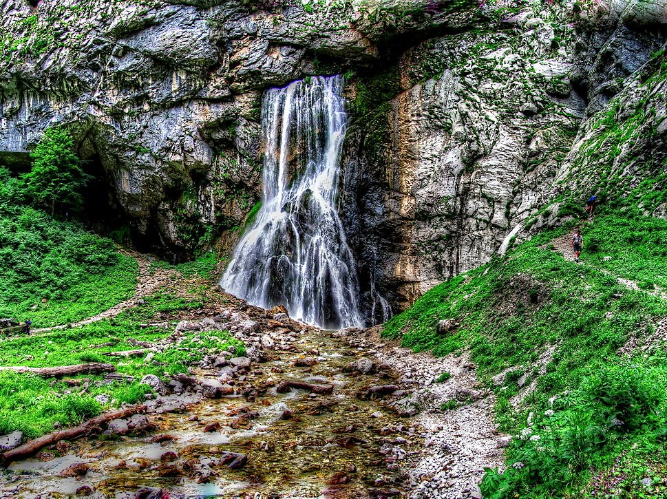 древние есть ли водопады в абхазии фото фотосессия