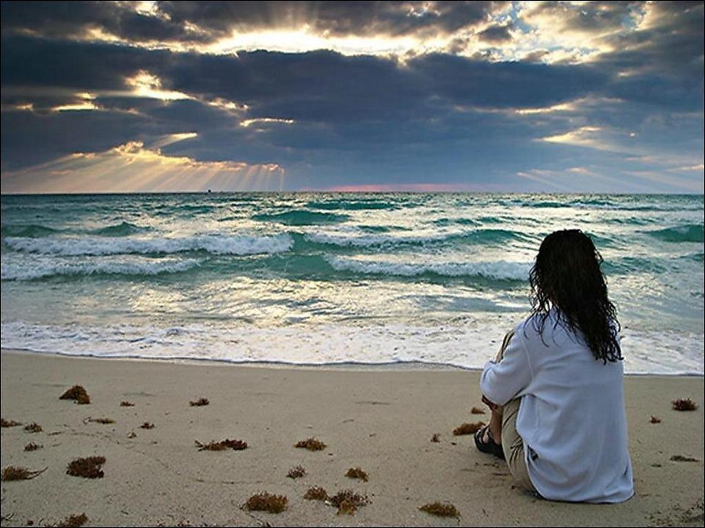 Девушка на море картинки с надписями