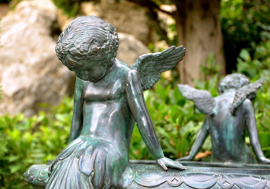 грустный ангел фото поселок получил