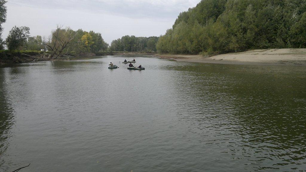 пляж реки протока в станице чебургольской картинки нему там