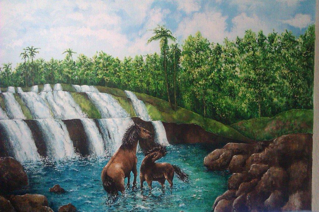 Картинки лошади у водопада