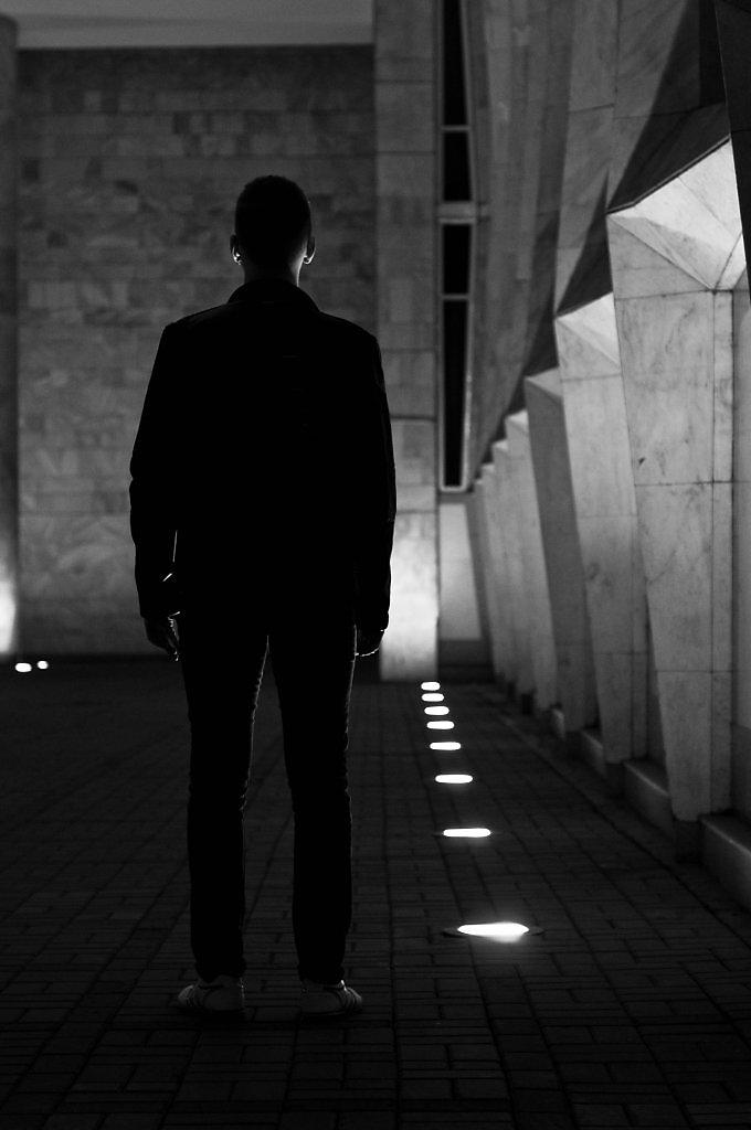 фото человека тени