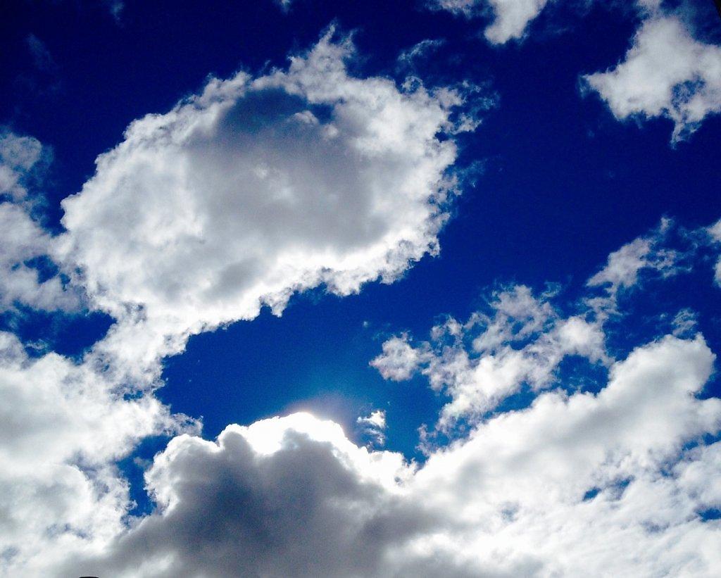 всякие интересные картинки как облака двигаются газовых плит